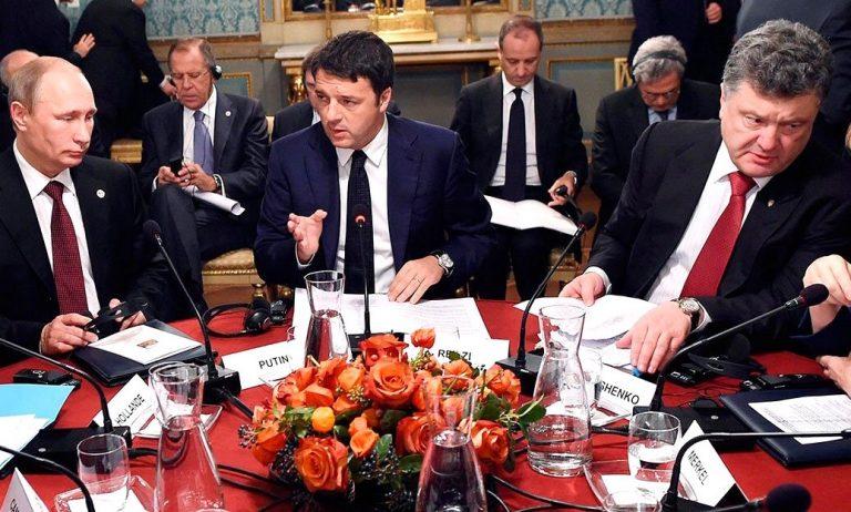 Putin varnar Poroshenko för att inte följa Minsk-avtalet