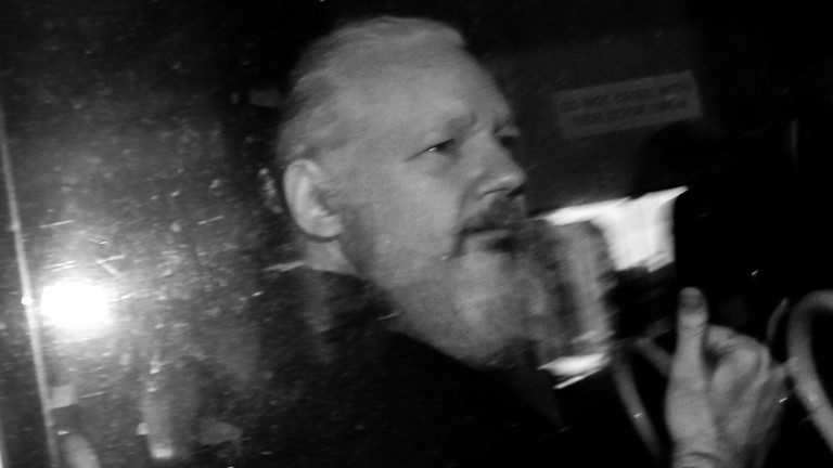 Manifestation för Julian Assange – Prejudikat kan skicka USA-kritiska journalister i fängelse