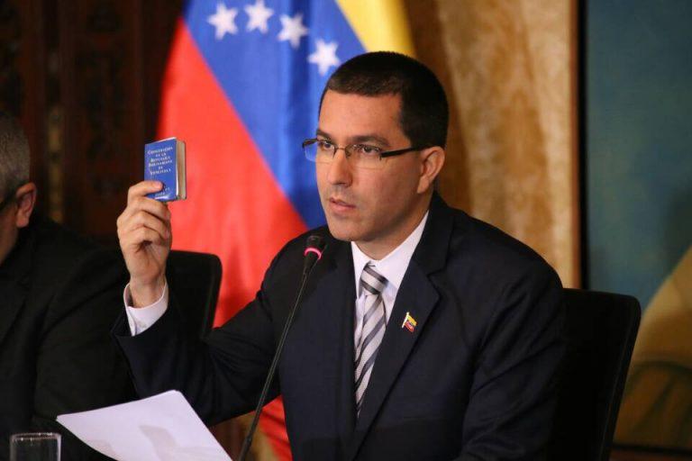 """USA dödar kvinnor, barn och män i Venezuela. """"Feministiska"""" utrikesminister Margot och regeringen tiger. Skäms!"""