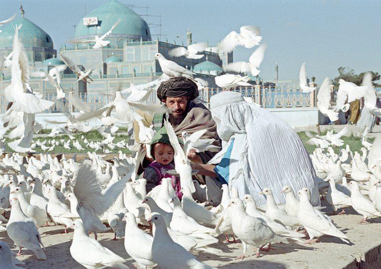 Resa genom Afghanistan – se en unik utställning!
