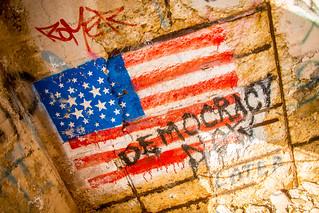 Förenta staternas imperialistiska finanskapitalister och den borgerliga demokratin