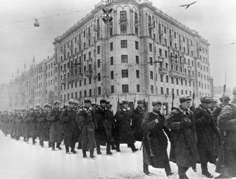 Avgjorde slaget om Moskva Andra Världskriget? Var Stalin var en klok general?