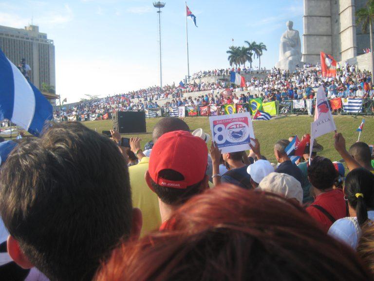Turismen föll, men inte Kuba