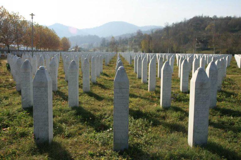 Srebrenica än en gång