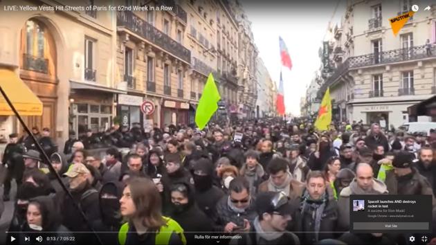 Frankrike: Långvariga stora strejker och Gula Västarna håller ångan uppe.