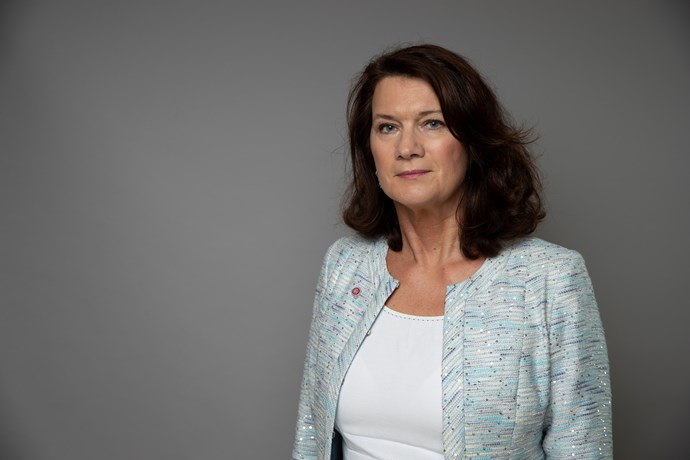 Utrikesminister Ann Linde bedyrar sin lojalitet till EUs säkerhets- och utrikespolitik