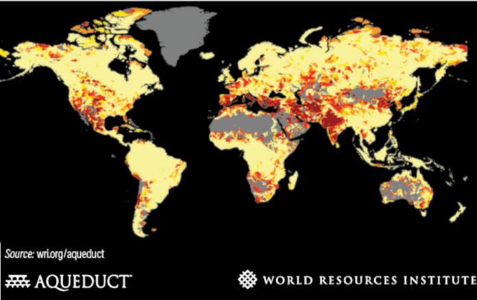 Dödande vattenföroreningar och vattenbrist  i världen