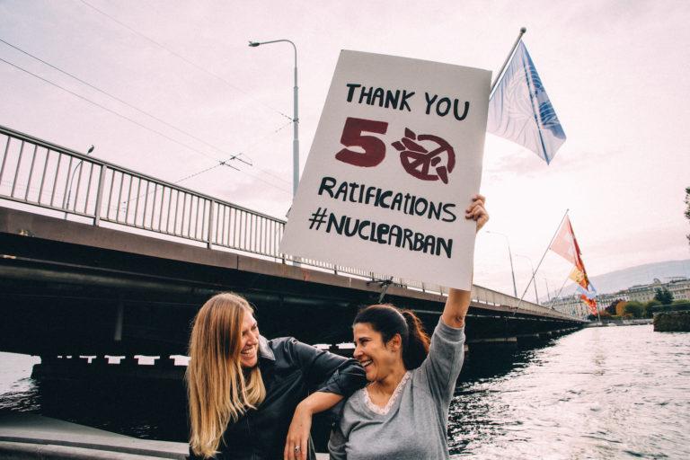 Femtio stater – men inte Sverige – har ratificerat FN:s kärnvapenkonvention! Stor framgång!