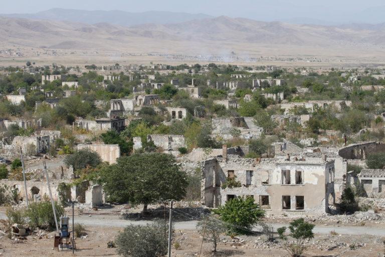 Krigs-framgångar för Turkiet och Azerbadjan mot Armenien.