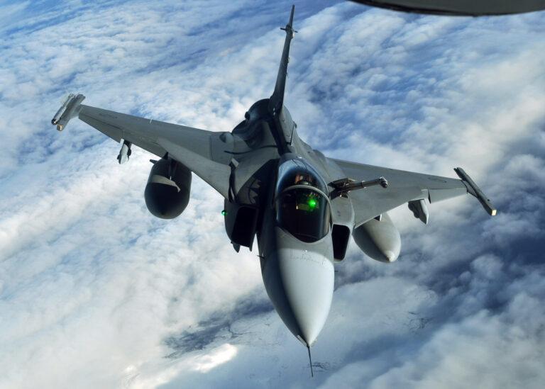USA spionerade på Saab från Danmark – medan svenska FRA hjälper USA att spionera.