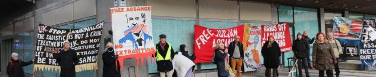 """Lyckad manifestation för Assange och yttrandefriheten i lördags. Tal av ordförande för """"Reportrar utan gränser"""""""