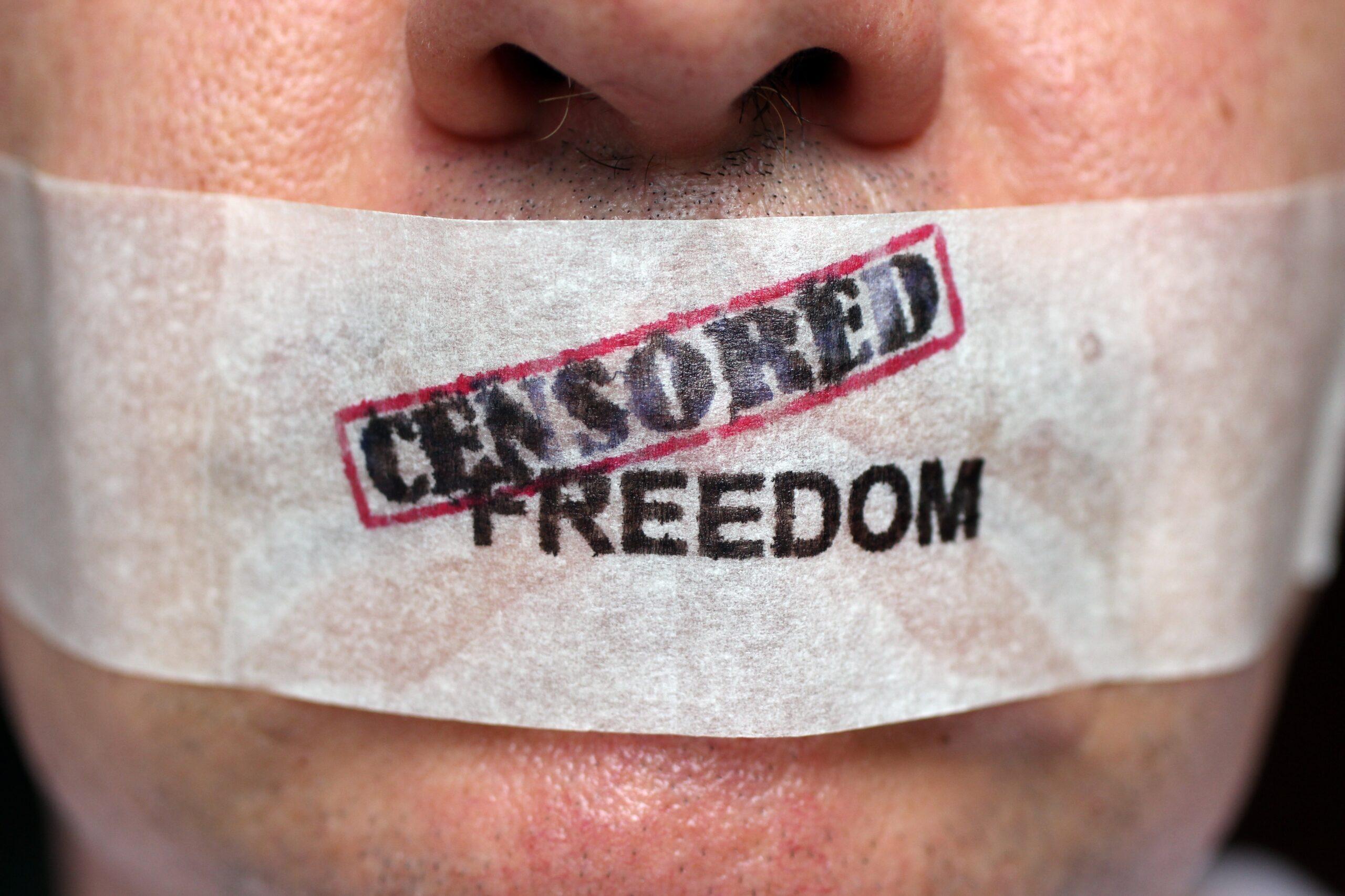 USA:s regering hotar teknikföretag till att driva censuragendor