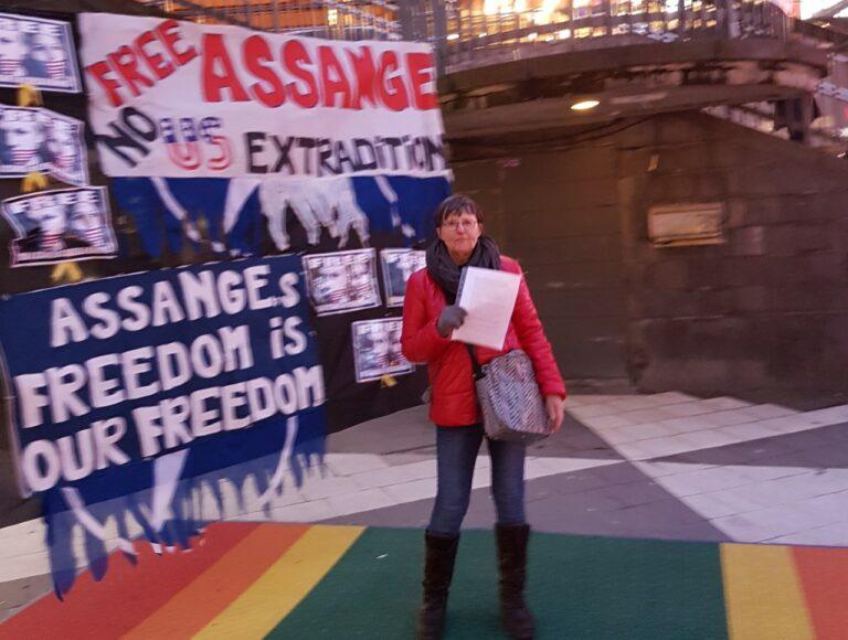 Tal efter domen att inte utlämna Assange till USA.