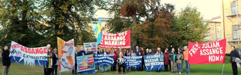 Frige Julian Assange! Manifestation 31 juli kl 12. Kom!