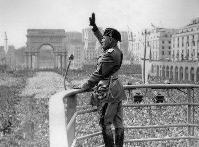 Historien om amerikanskt och brittiskt stöd till Mussolinis fascism