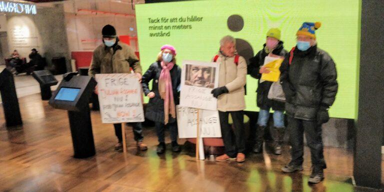 Ny manifestation till stöd för Julian Assange och yttrandefriheten. Rolling Stones är med