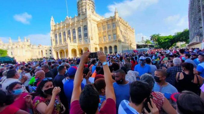 Information och desinformation om Kuba och dess valsystem