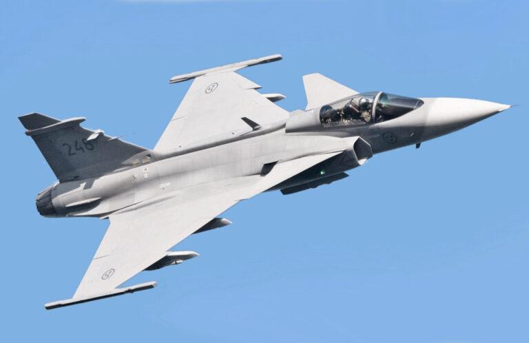 Sverige villigt bomba i Afghanistan för att marknadsföra flygplan!?